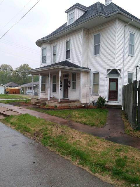 13 S Market Street, Mascoutah, IL 62258 (#21052943) :: RE/MAX Professional Realty