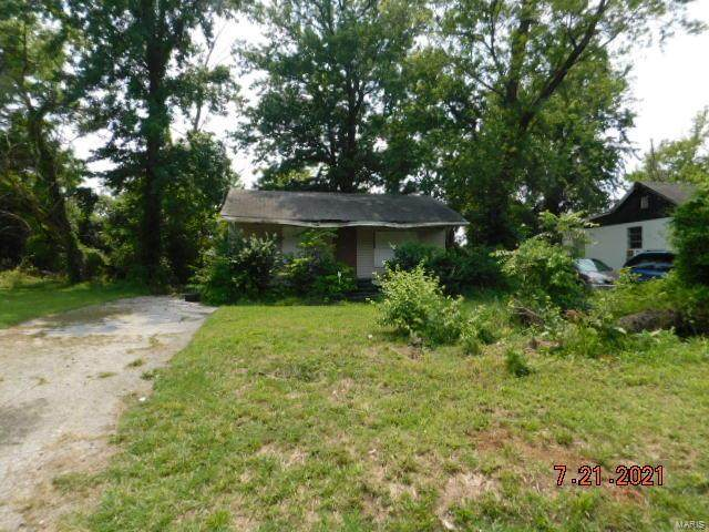 8720 Shirley Avenue, St Louis, MO 63121 (#21053122) :: Clarity Street Realty