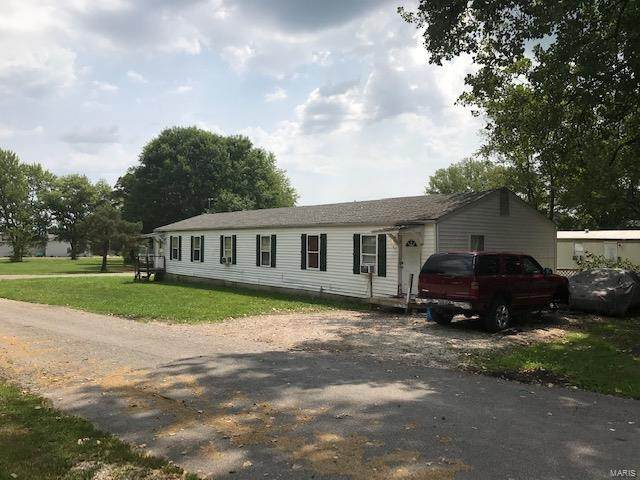 400 Tammy Drive, Elsberry, MO 63343 (#21058059) :: The Becky O'Neill Power Home Selling Team