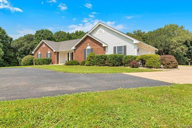 2 Carrico Manor Drive, Florissant, MO 63034 (#21060310) :: Parson Realty Group