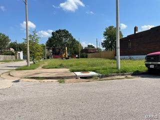 8500 Pennsylvania Avenue, St Louis, MO 63111 (#21061164) :: Hartmann Realtors Inc.