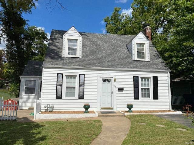 857 Saint Louis, Collinsville, IL 62234 (#21066751) :: Parson Realty Group