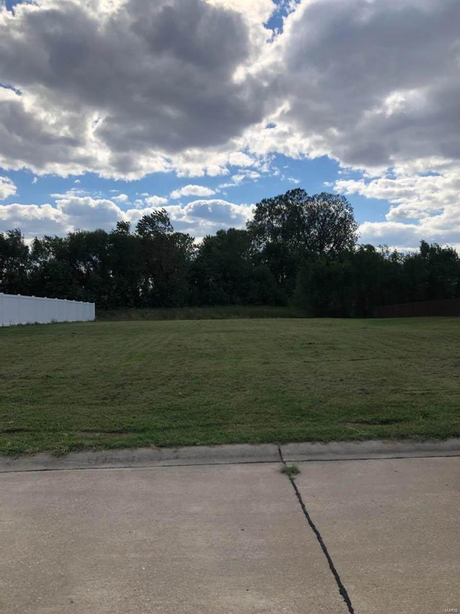117 Shawnee Drive - Photo 1