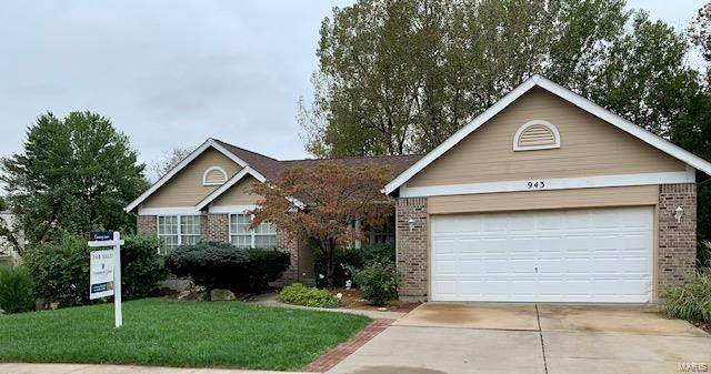 943 Zohner, Florissant, MO 63031 (#21074476) :: Parson Realty Group