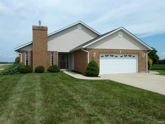 101 Eagle Ct, Waterloo, IL 62298 (#16068321) :: Clarity Street Realty