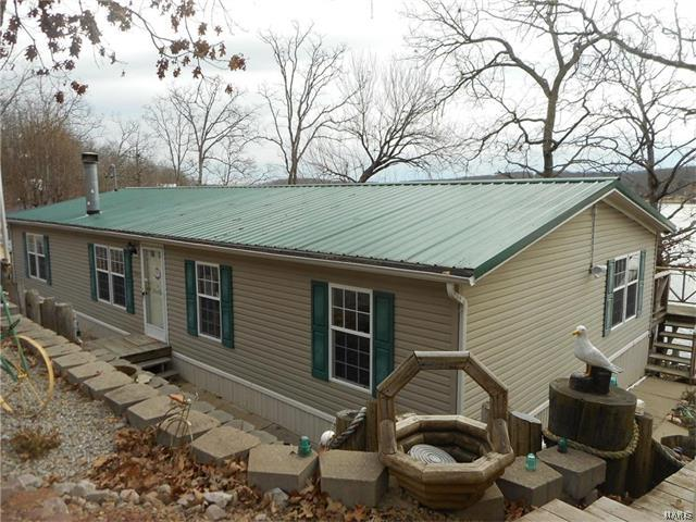 6466 Lakeview, French Village, MO 63036 (#17000263) :: Sue Martin Team