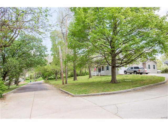 0 Emmerson, Kirkwood, MO 63122 (#17030043) :: Clarity Street Realty