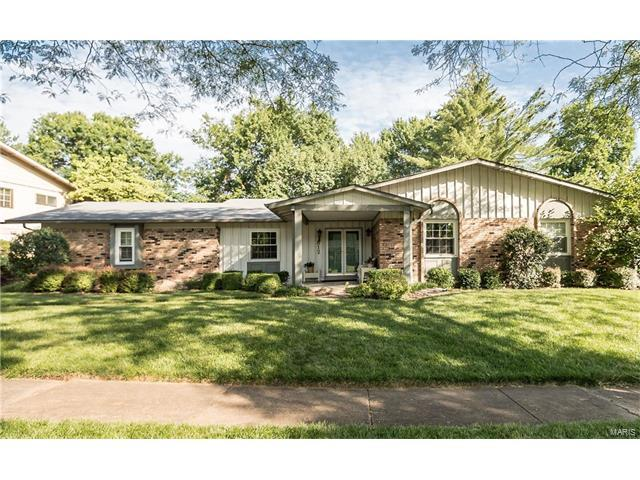 812 Rotherham Drive, Ballwin, MO 63011 (#17043729) :: Kelly Hager Group | Keller Williams Realty Chesterfield
