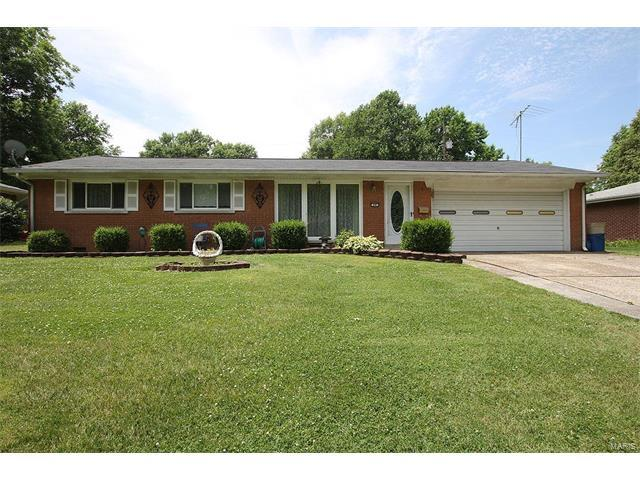 60 Beth Ann Drive, Belleville, IL 62221 (#17047499) :: Holden Realty Group - RE/MAX Preferred