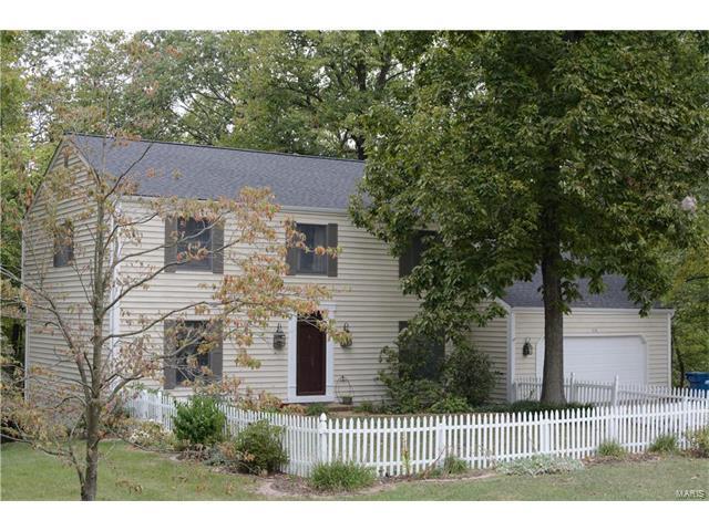 618 Goldfinch Lane, Troy, IL 62294 (#17053614) :: Clarity Street Realty