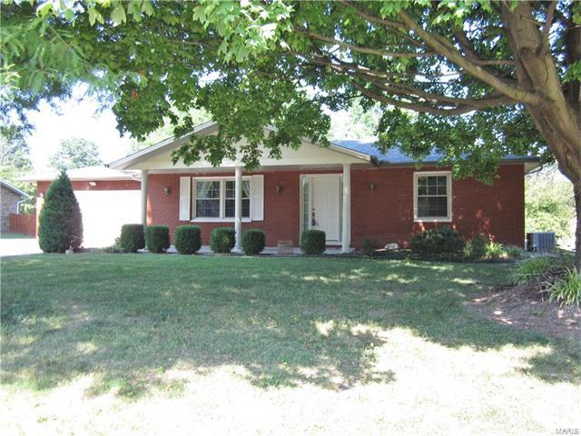 268 N Meridian Road, Glen Carbon, IL 62034 (#17058943) :: Fusion Realty, LLC