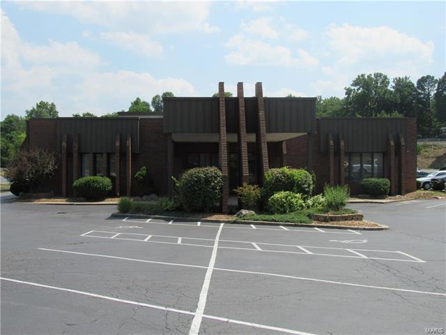 3555 College Avenue, Alton, IL 62002 (#17058969) :: Fusion Realty, LLC