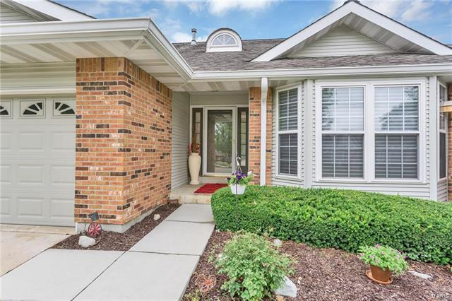 15306 Braefield Drive, Chesterfield, MO 63017 (#17060795) :: Clarity Street Realty