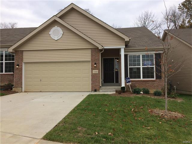 13560 Suson Forest Court, Mehlville, MO 63128 (#17074508) :: The Becky O'Neill Power Home Selling Team