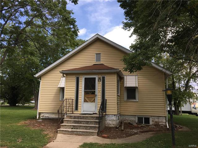 608 S 1st, Greenville, IL 62246 (#17081855) :: Fusion Realty, LLC