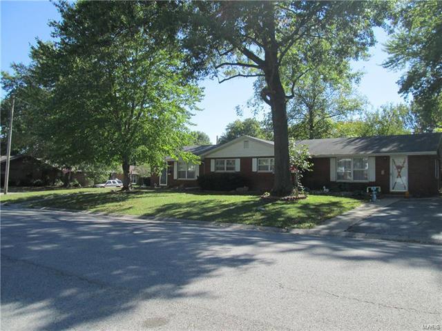 809 E 2nd Street, O'Fallon, IL 62269 (#17086683) :: Fusion Realty, LLC