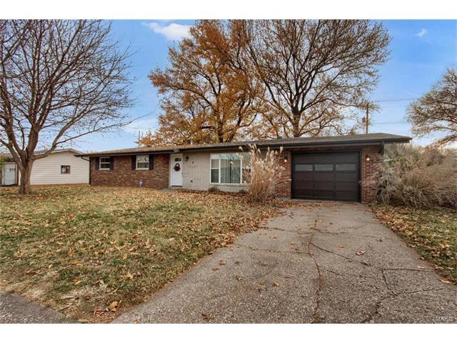 2 Place Royale, Collinsville, IL 62234 (#17090520) :: Fusion Realty, LLC