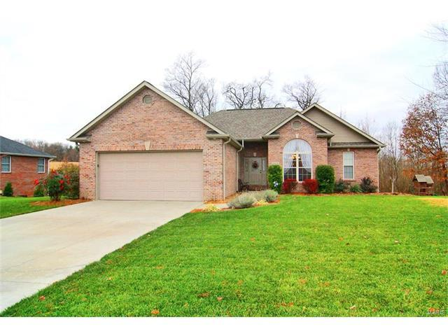 1519 Trevino, Jackson, MO 63755 (#17093719) :: Carrington Real Estate Services