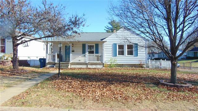 9503 Lydell Drive, Unincorporated, MO 63123 (#17095095) :: Clarity Street Realty