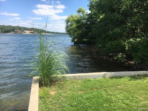 9791 E Vista Drive, Hillsboro, MO 63050 (#18001617) :: Clarity Street Realty