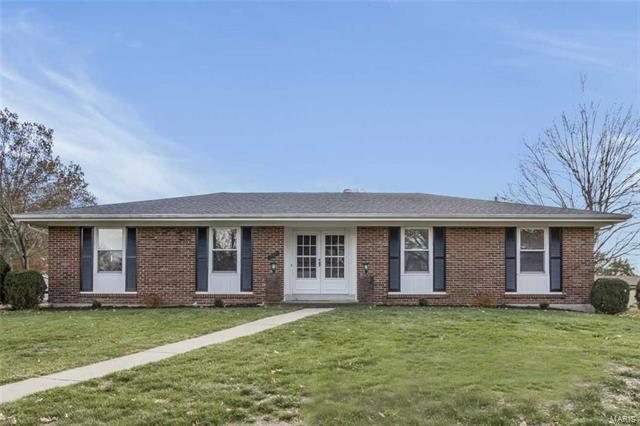 1098 Sombrero Trail, Ellisville, MO 63011 (#18003613) :: The Becky O'Neill Power Home Selling Team