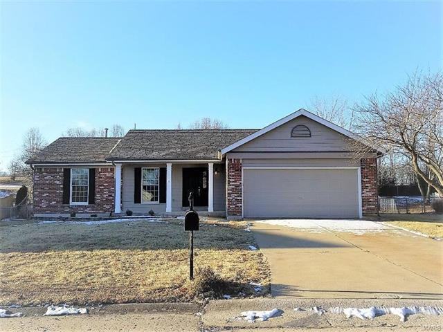 8 Griesenauer Court, Dardenne Prairie, MO 63368 (#18003632) :: St. Louis Finest Homes Realty Group