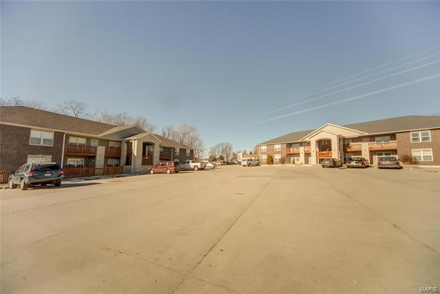 41 Villa, Belleville, IL 62223 (#18006200) :: Fusion Realty, LLC