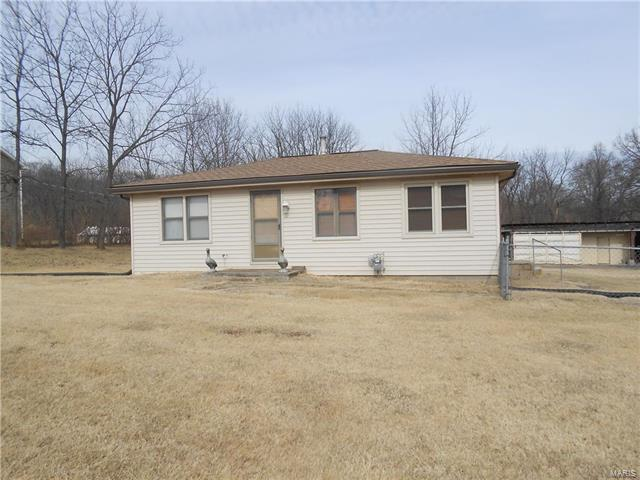 205 Eisenhower Drive, Saint Peters, MO 63376 (#18008225) :: Clarity Street Realty