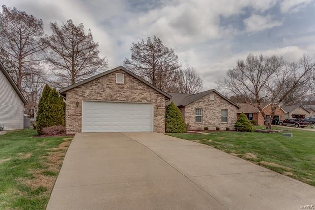 1865 Spruce Hill Dr., Belleville, IL 62221 (#18028611) :: Fusion Realty, LLC