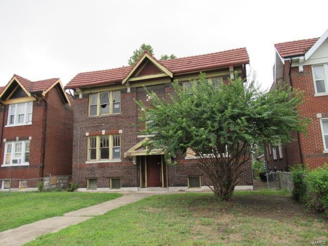4619 Pope Avenue, St Louis, MO 63115 (#18069429) :: The Kathy Helbig Group
