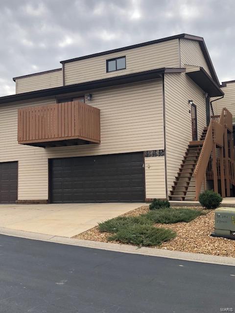 25 Parkridge, Belleville, IL 62226 (#18092095) :: Kelly Hager Group | TdD Premier Real Estate