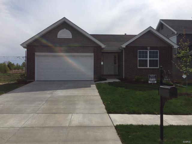 2741 Cedar Grove, Belleville, IL 62221 (#18094007) :: The Becky O'Neill Power Home Selling Team