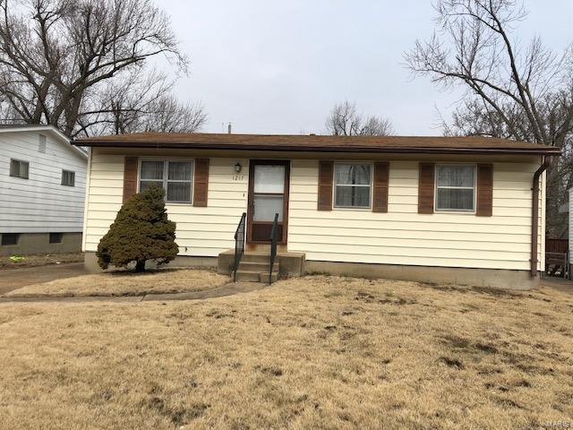1217 Scott, Unincorporated, MO 63138 (#19009246) :: RE/MAX Professional Realty