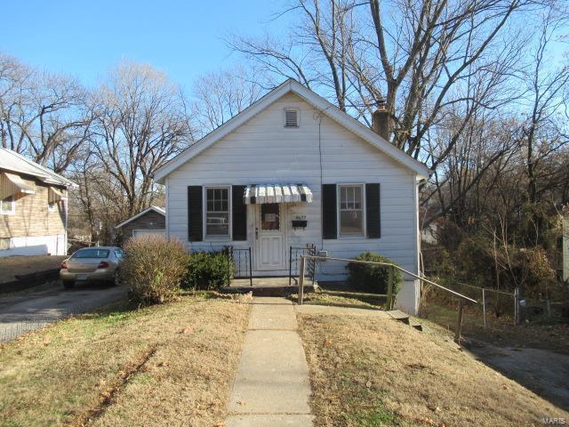 5622 Janet Avenue, Jennings, MO 63136 (#19009312) :: The Kathy Helbig Group