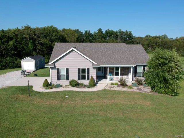 8420 Paradise Key, Alton, IL 62002 (#19069993) :: The Becky O'Neill Power Home Selling Team