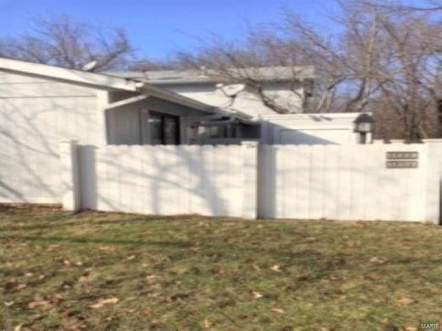 11227 Sugartrail Drive, St Louis, MO 63136 (#20004213) :: Sue Martin Team