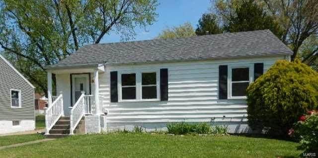 3516 Saint Gregory Lane, Saint Ann, MO 63074 (#20009136) :: The Becky O'Neill Power Home Selling Team
