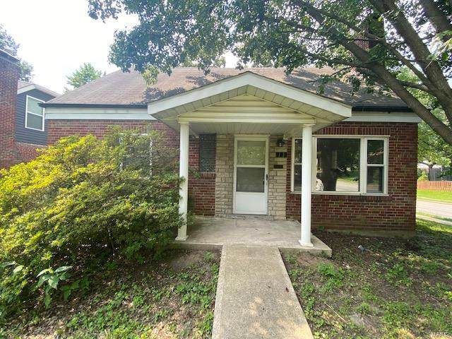 900 Dwyer Avenue, Kirkwood, MO 63122 (#20048028) :: The Becky O'Neill Power Home Selling Team