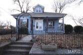 107 E 12th Street, Alton, IL 62002 (#21001837) :: The Becky O'Neill Power Home Selling Team