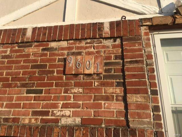 9601 Midland, St Louis, MO 63114 (#21050803) :: Clarity Street Realty