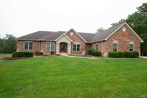 210 Lake Forest Drive, Troy, MO 63379 (#21067247) :: Hartmann Realtors Inc.