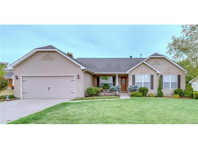 1184 Hampton Meadows Drive, Dardenne Prairie, MO 63368 (#17064505) :: Kelly Hager Group   Keller Williams Realty Chesterfield