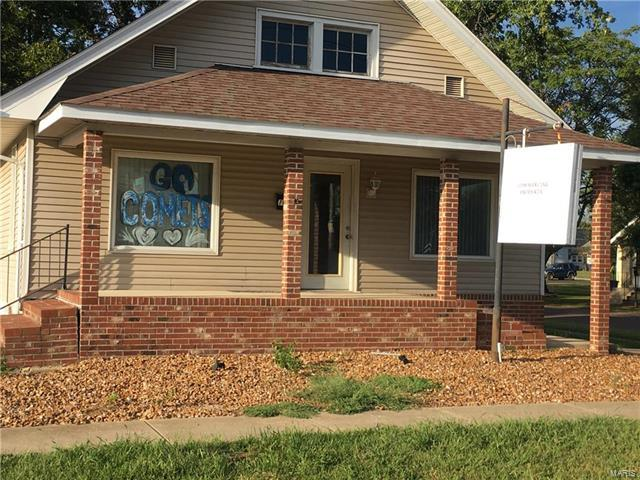 105 W.Harris, Greenville, IL 62246 (#17085871) :: Fusion Realty, LLC