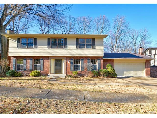 409 Madewood Lane, Chesterfield, MO 63017 (#17094314) :: The Kathy Helbig Group