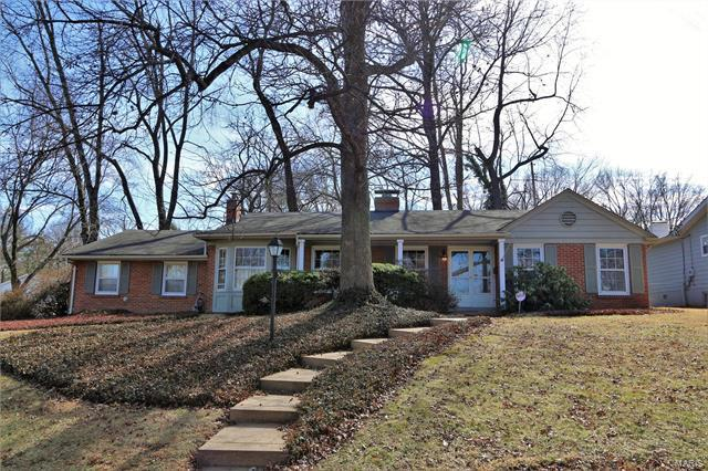 30 Glenhaven Drive, Glendale, MO 63122 (#17097089) :: Clarity Street Realty