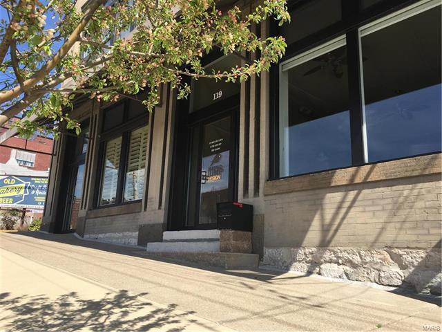119 Market Street 1 B, Alton, IL 62002 (#18008608) :: Fusion Realty, LLC