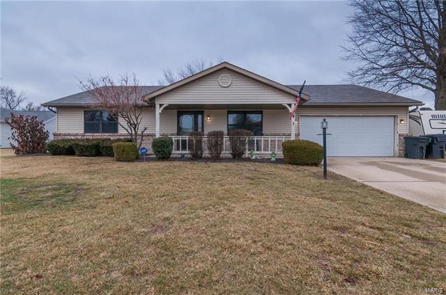1 Crestwood Court, Belleville, IL 62226 (#18010692) :: Holden Realty Group - RE/MAX Preferred