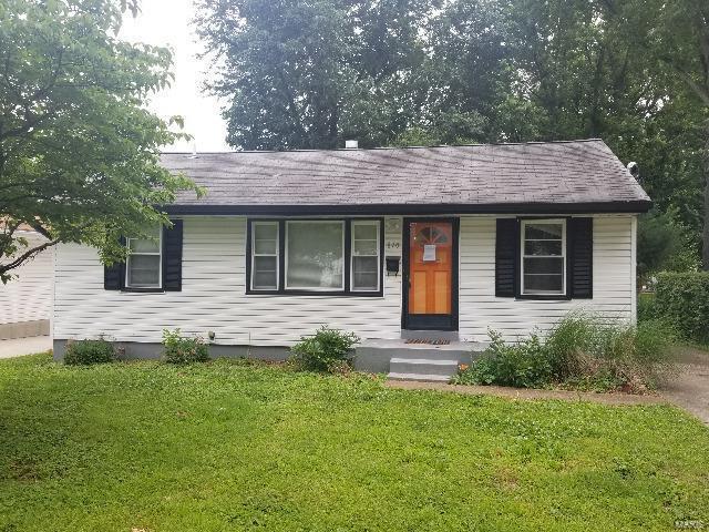 870 Clark, Florissant, MO 63031 (#18095839) :: Clarity Street Realty