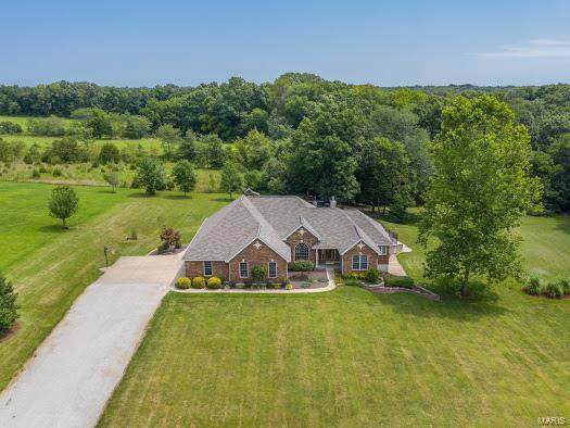 125 Falcon Woods, Foristell, MO 63348 (#20055993) :: The Becky O'Neill Power Home Selling Team