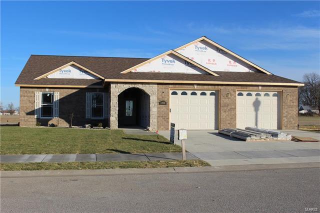 2732 Pine View Drive, Highland, IL 62249 (#17042523) :: Sue Martin Team